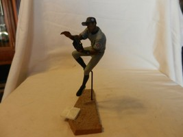 2003 Alfonso Soriano New York Yankees #12 Figurine Jump Throw Road Gray - $22.27