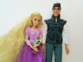 DISNEY DOLL LOT Princess RAPUNZEL & TIANA, NAVEEN, Flynn Rider clothes &... - $27.50