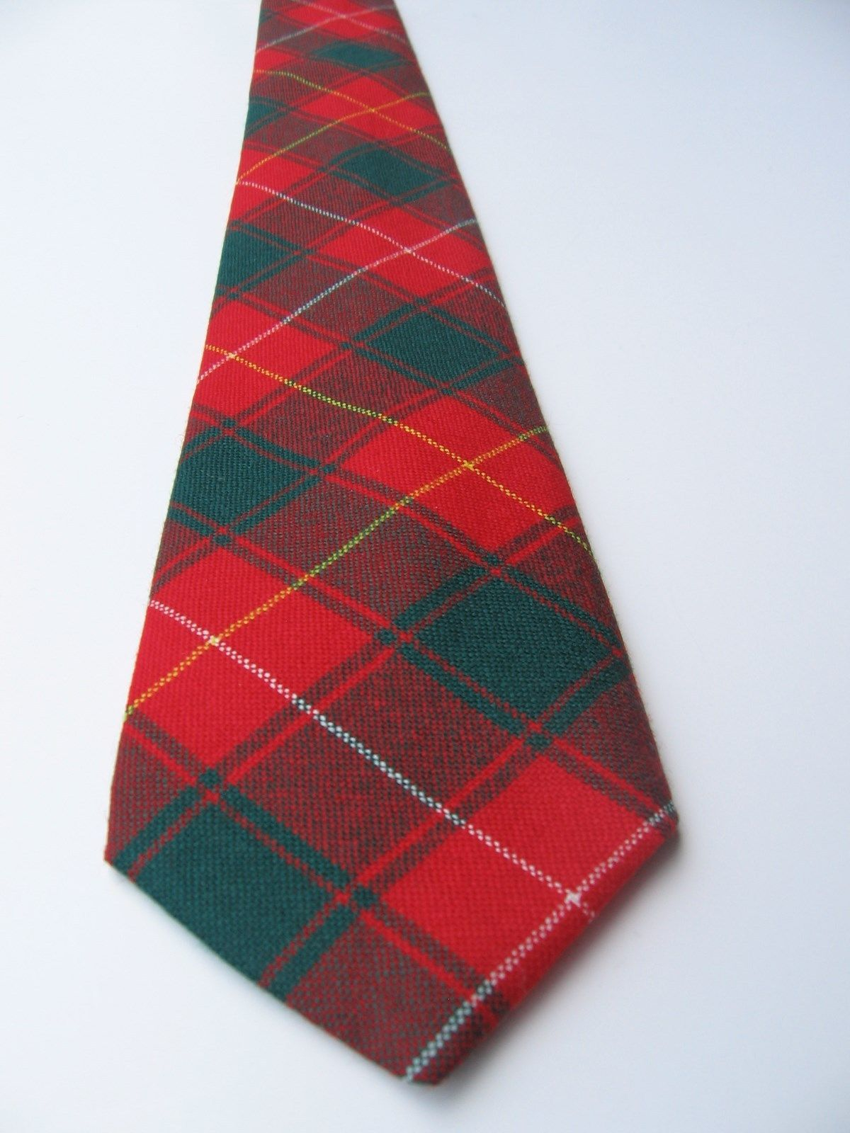 "Men's Wool Tie Macphie Pure Red Green Plaid Short 54.5"" Scotland House Ltd"