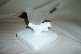 WESTMORELAND CLEAR SATIN GLASS BIRD FIGURE MILK GLASS STAND BRANCH COLLE... - $25.64