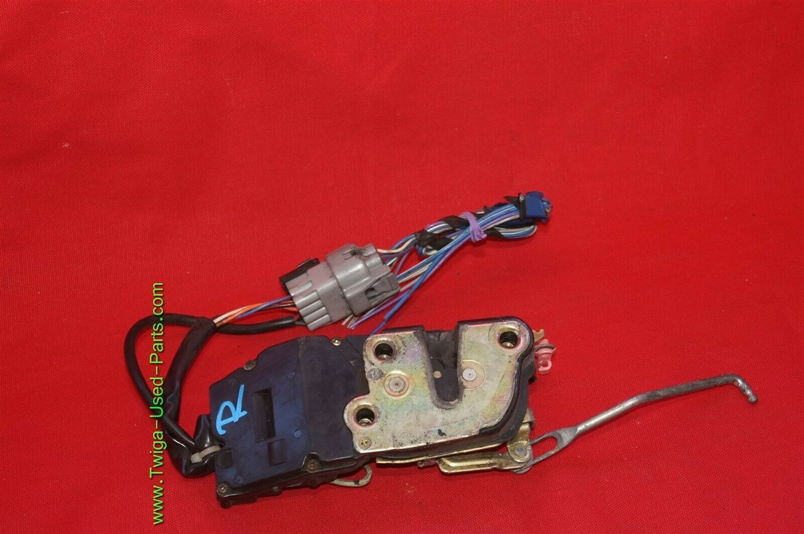 96-03 Toyota Tacoma Ext & 4dr Crew Cab Power Door Lock Latch Actuator FRNT RIGHT