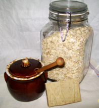 Jewel Soap - Honey and Oatmeal, olive oil, goat milk, exfoliating, unsce... - $5.50