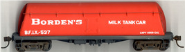 Funaro & Camerlengo HO Borden's Milk Tank Car , with white decals, kit 1010 image 2