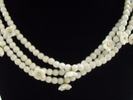 3 Strand White Beads FLOWERS Plastic Gold Plated Old-Fashioned Estate Vi... - $21.77