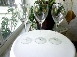 "Set of 3 Spiral Optic Clear Wine Glasses 9 1/2"" Tall - $29.70"