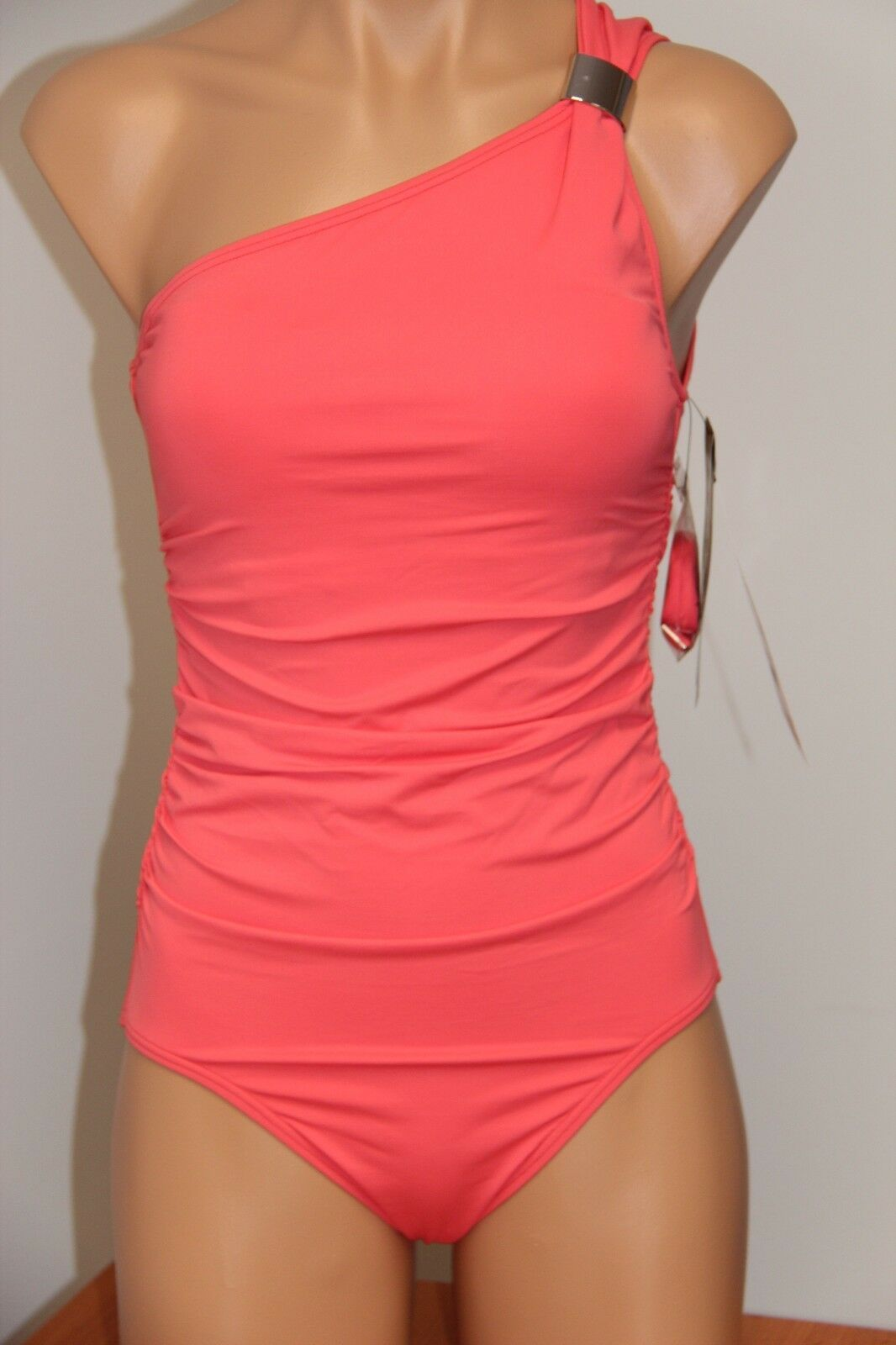 New Coco Reef Swimsuit Bikini 1 one  piece Sz 8 32D cup one shoulder cora lion