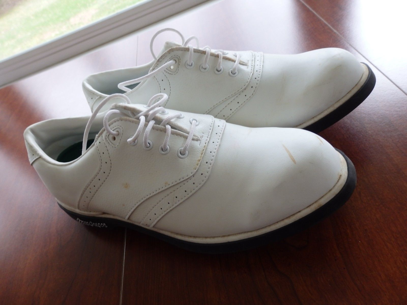 new arrival 8ce33 e0014 MacGregor Golf Shoes 8 Men s Classic Saddle White Spikes Style
