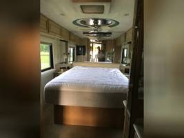 1999 FEATHERLITE COACHES VOGUE FOR SALE IN Smithville, TX 78957 image 13