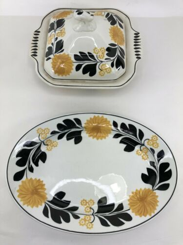 Primary image for Staffordshire England Sunflower Casserole Baking Dish With Lid and Serving Tray
