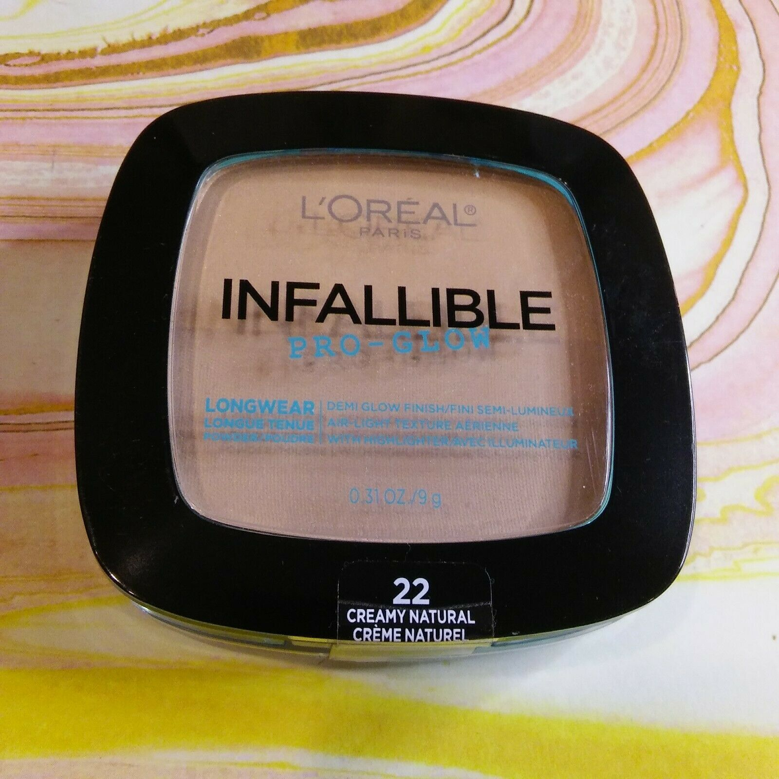 L'Oreal Infallible Pro Glow Longwear Pressed Powder ~ # 22 Creamy Natural New - $1.73