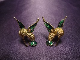 Vintage Estate Hummingbird Earrings Guilloche Enamel Gold Tone Rhineston... - $24.75