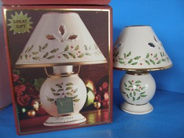 LENOX TEA LIGHT CANDLE LAMP CHRISTMAS HOLIDAY GIFT NEW IN ORIGINAL PACKAGE - $21.77