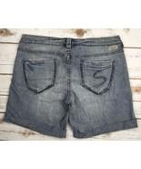 SILVER Jeans Sale Buckle Low Rise Fiona Denim Stretch Jean Shorts Size 28 - $23.84