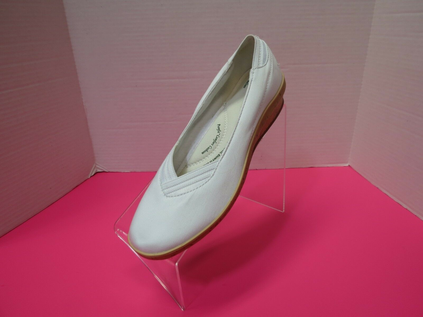 Primary image for Grasshoppers Womens  Misty Cotton Ankle High Flat White Shoe Size 8.5