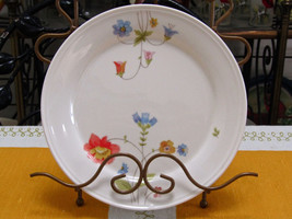 "Mikasa Bone China Just Flowers 7 5/8"" Salad Plate - $3.96"