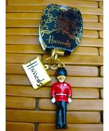 HARRODS London KEYCHAIN 3D QUEENS Guardsman Beefeater Keyring - $24.74