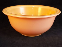 VINTAGE PYREX AUTUMN RAINBOW PEACH 1 Quart Mixi... - $6.79