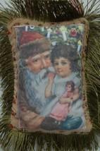 Hannas Handiworks 30021 Small 9 Inch Green Fringe Santa Pillow image 2