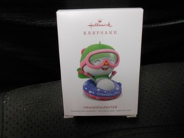 "Hallmark Keepsake ""Granddaughter"" 2018 Ornament NEW - $5.69"