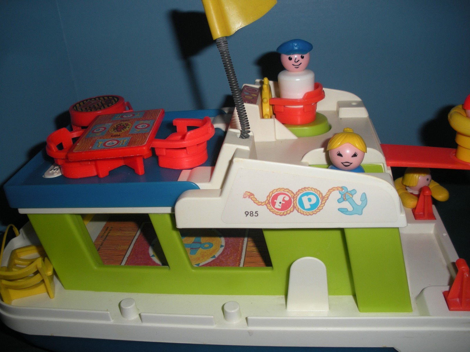 Vintage Fisher Price #985 Play Family Houseboat Complete/NEAR MINT! (M) image 5