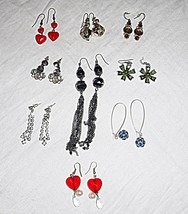 'VINTAGE' COLLECTION LOT OF 9 DROP PIERCED  EARINGS GLASS LUCITE DIAMANT... - $17.68