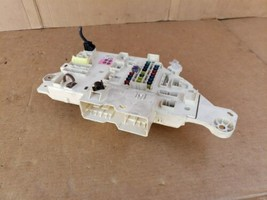 98-02 Land Cruiser Lexus LX470 Dash Panel Junction Block Cabin Fuse Box image 2