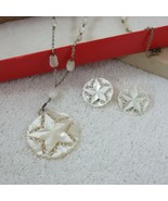 Vtg 60s Mother of Pearl Hand Carved Pentagon Star Necklace Clip On Earri... - $128.65