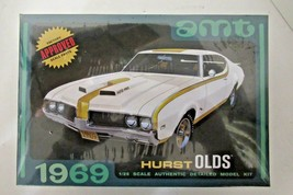 AMT 1969 Hurst Olds 1/25 SCALE AUTHENTIC MODEL KIT NEW SEALED WITH DECAL - $26.68