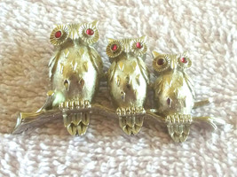 Vintage Signed Crown Trifari 3 Owls on a Branch Red Rhinestone Eyes Silv... - $45.00