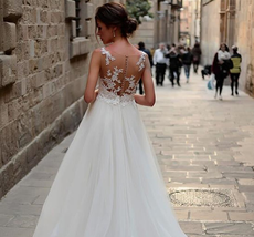 Stunning Tulle Bateau Neckline 2 in 1 Wedding Dress With Lace Appliques Detachab image 2