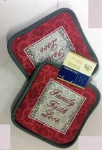 "2 Same Printed Kitchen Pot Holders (7""x 7'), FAMILY FAITH LOVE - $7.91"
