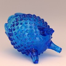 Vintage Fenton Art Glass Colonial Blue Hobnail 3 Foot Egg Shape Vase image 2