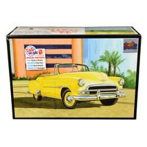 Skill 2 Model Kit 1951 Chevrolet Convertible Sun Cruiser 2 in 1 Kit 1/25... - $40.89