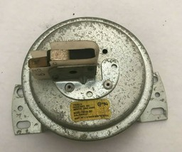 TRIDELTA FS6138-383 Furnace Air Pressure Switch HK06WC071 used same as p... - $23.38