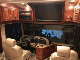 2007 Fleetwood American Eagle For Sale In Conroe, TX image 6