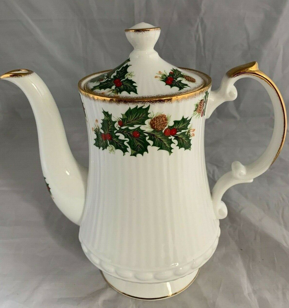 Primary image for Queens Yuletide Coffee Pot Holly Pinecone Rosina Fine Bone China England 7""