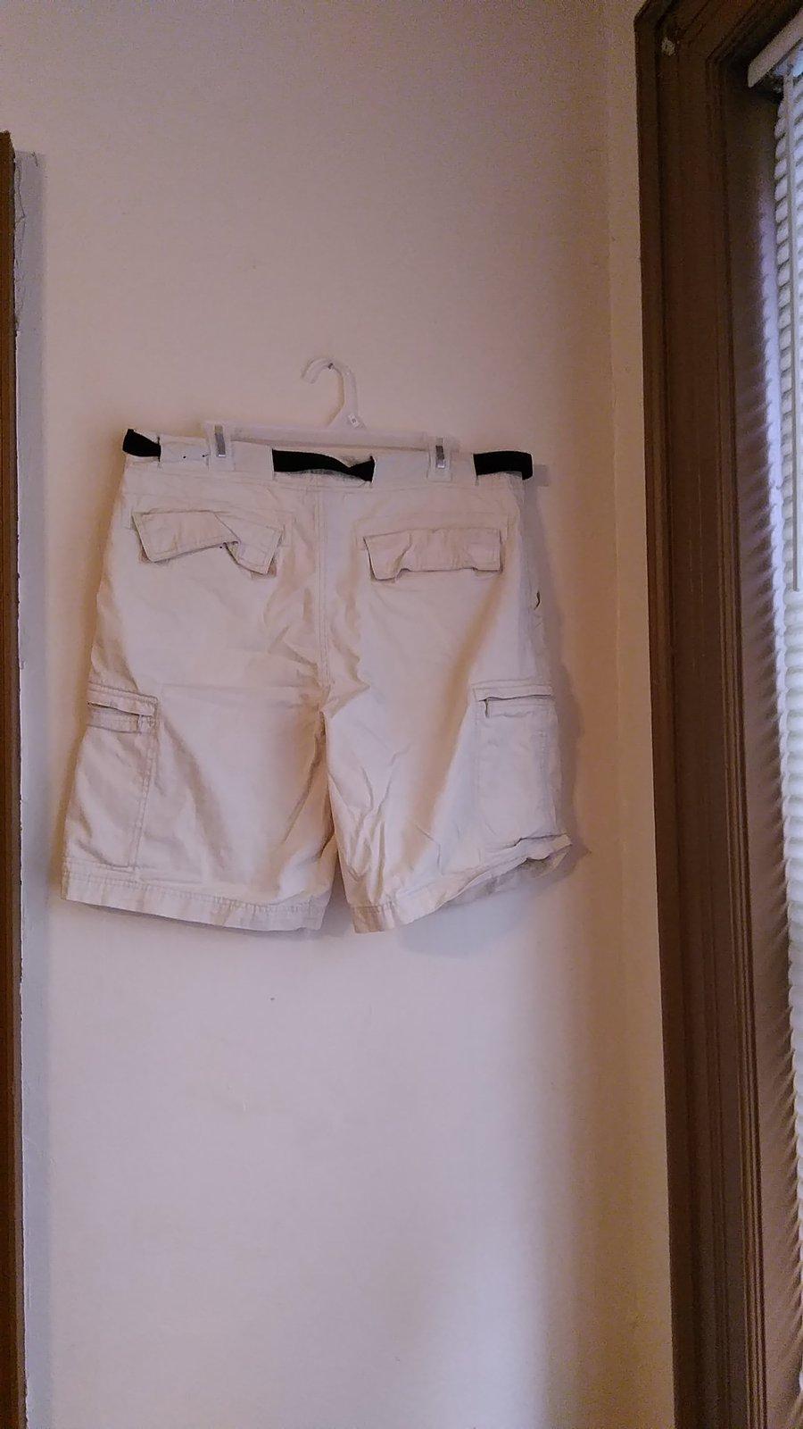 mens faded glory size 36 shorts VMH265