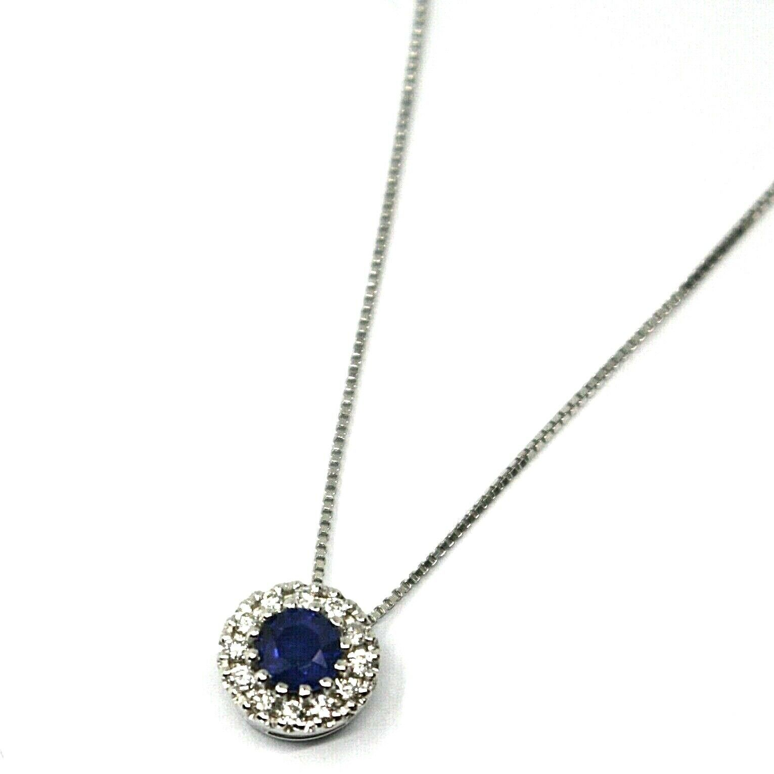 18K WHITE GOLD NECKLACE, FLOWER PENDANT, ROUND SAPPHIRE WITH DIAMONDS FRAME