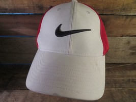 NIKE Golf White red Black Fitted Size L/XL Adult Cap Hat - $14.84