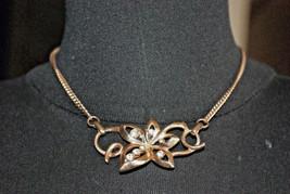 Flower w/ Rhinestones Vintage Goldtone Collarbone Necklace 1950's - $12.86