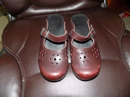 Dansko Shoes Brown MERRIE Leather Mary Janes Buckle Strap Clogs Size 38 Women's - $31.98