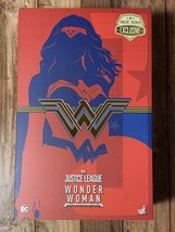 Hot Toys 1/6 Tokyo Comic Con limited Wonder Woman - $357.63