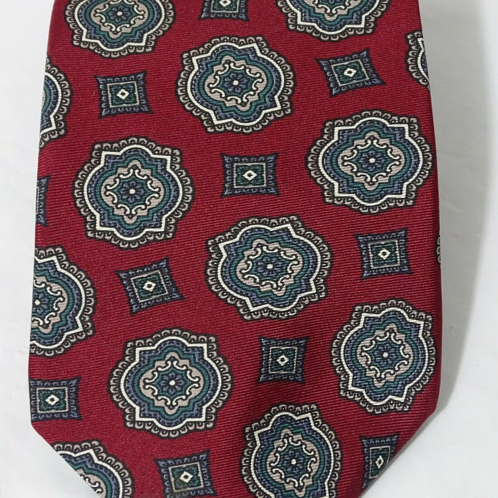 Wembley Tie Men Necktie Classic Burgundy Red Geometric 57 inch 3.5 inch