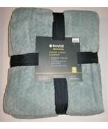 "Broyhill Legacy Velvet Plush Blanket 90 "" x 90"" Queen - Seafoam Green - $47.51"