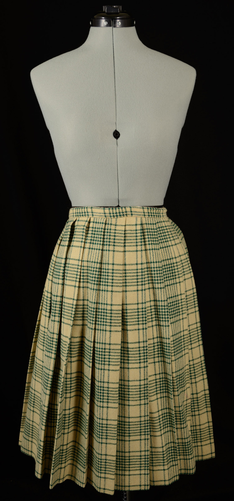 d6bc48a7b Vintage Evan Picone Green and Beige Plaid and 50 similar items