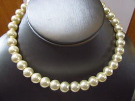 VINTAGE SMALL BEADED FAUX PEARL CHOKER NECKLACE - $39.00