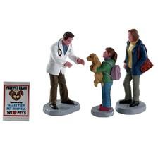 Lemax CHARLEY THE VET SET OF 4 #82578 BNIP Figurines - $10.84