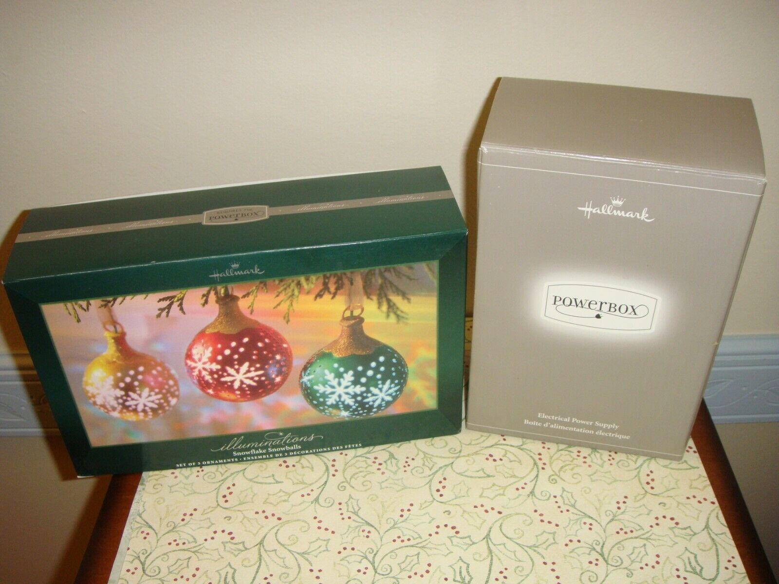 Primary image for Hallmark 2005 Illuminations Snowflake Snowballs & Powerbox