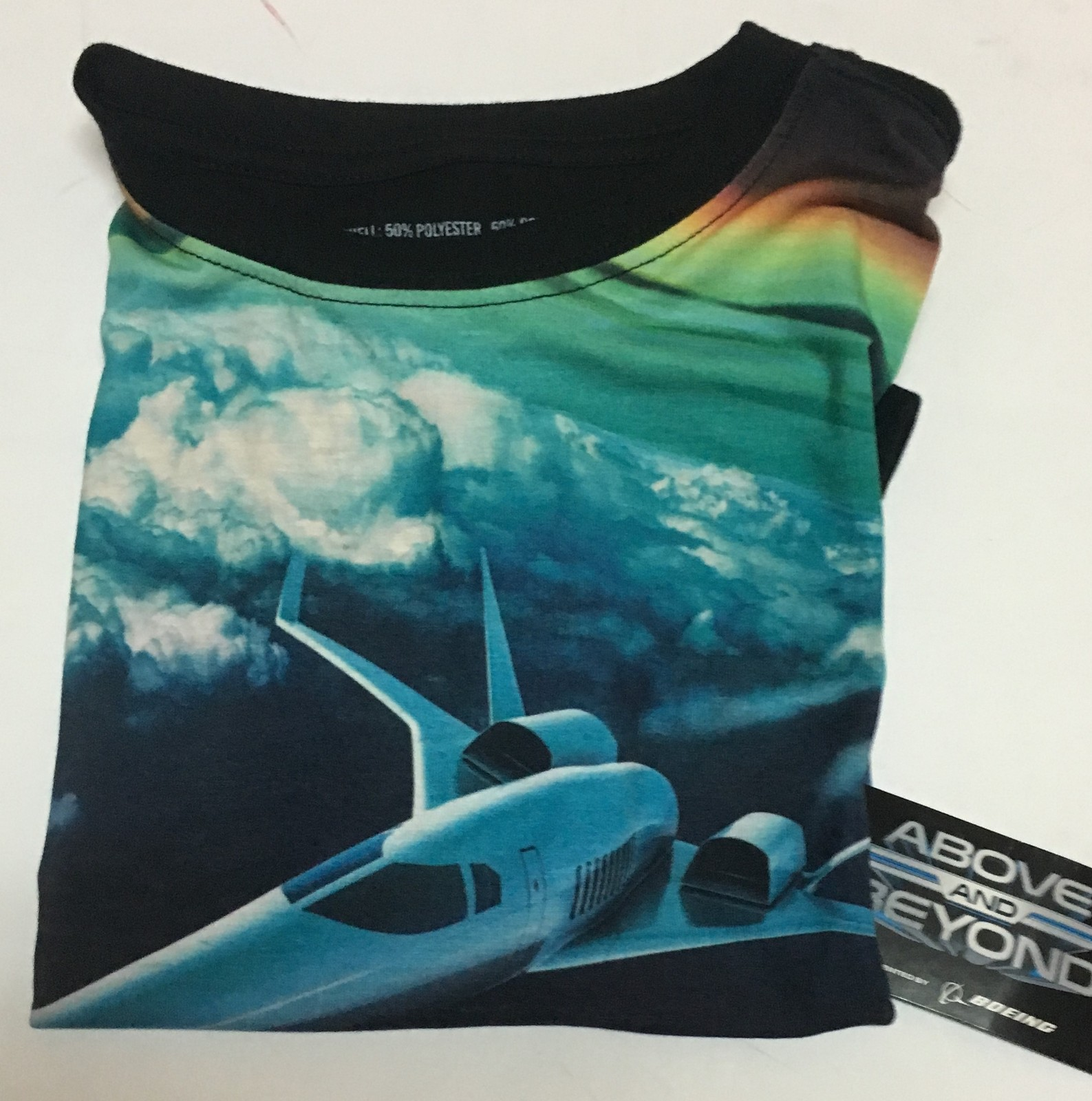ABOVE AND BEYOND Youth T-Shirt Sz M Boeing USA