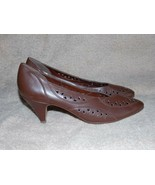 Naturalizer Brown Leather CUT OUT Casual Pump Heels 8.5 AA Used - $34.64